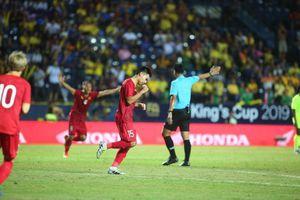 Thua Penalty, tuyển Việt Nam 'tuột' King's Cup 2019 đáng tiếc