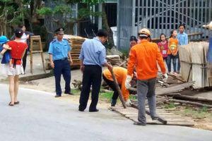 Xử lý nghiêm các vi phạm hành lang an toàn giao thông đường bộ