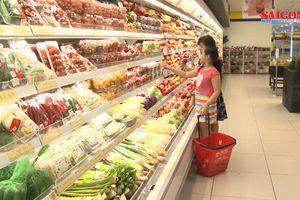 Rau quả nhập khẩu ùn ùn về Việt Nam