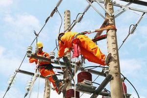 Luẩn quẩn bài toán phát triển kinh tế và nguồn vốn cho điện