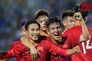 Chùm ảnh: 'Thủy chiến' đất Tổ, U23 Việt Nam đè bẹp U23 Myanmar
