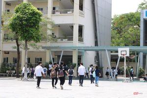 'Giáo sư quần đùi' chính thức trở thành Hiệu phó Trường ĐH Văn Lang