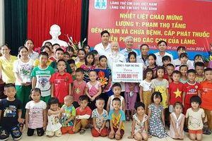 Khám bệnh, phát thuốc miễn phí cho làng trẻ em SOS Thái Bình
