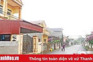 Thăm làng 'xuất ngoại'