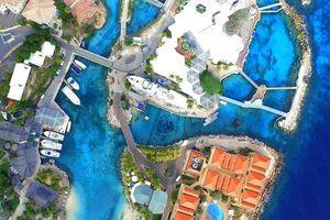 Curacao đẹp nao lòng với khuôn hình từ flycam