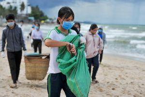 Cuộc đồng hành chống rác thải nhựa ở đảo ngọc