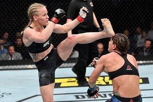 Cú đá của võ sĩ UFC khiến đối thủ bất tỉnh