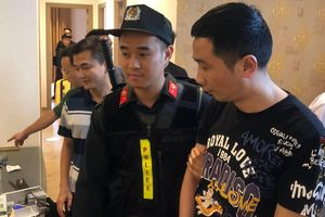 Bắt 77 người Trung Quốc tổ chức đánh bạc xuyên quốc gia