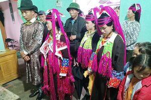 Đặc sắc phong tục cưới của người Dao Thanh Y