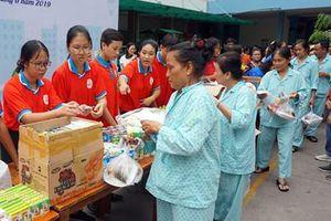 'Ngày làm việc tốt', hỗ trợ bệnh nhân hoàn cảnh khó khăn