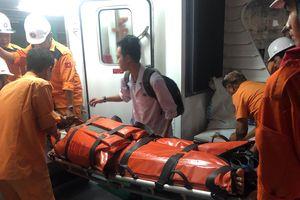 Một ngư dân gặp nạn ở vịnh Bắc Bộ, nguy kịch