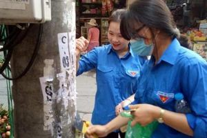 Tuổi trẻ Thủ đô đồng loạt ra quân vệ sinh môi trường hưởng ứng Ngày Chủ nhật xanh