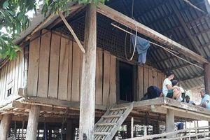 Nghệ An: Cha gần 80 tuổi chém con trai tử vong