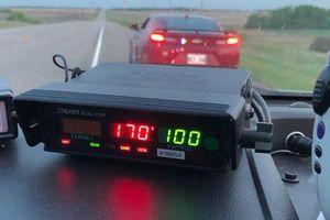 Chàng trai 16 tuổi chạy xe 170 km/h, đổ lỗi cho cần đi vệ sinh gấp