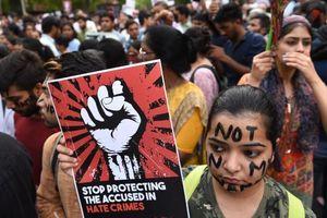 6 người đàn ông Ấn Độ bị kết tội hiếp dâm và giết hại bé gái 8 tuổi