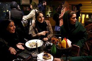 Iran đột ngột đóng cửa 547 nhà hàng vì vi phạm nguyên tắc Hồi giáo