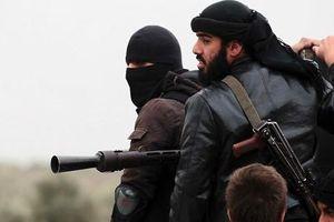 Kinh hoàng khủng bố chặt đầu binh sĩ Syria tại Hama
