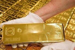 Giá vàng lao dốc phiên đầu tuần