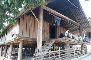 Nghệ An: Nghi án thầy cúng 80 tuổi chém con trai tử vong rồi bỏ trốn