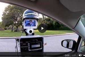 Robot được trang bị camera giúp cảnh sát xử phạt người vi phạm giao thông