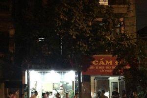 Tạm giữ hình sự nam thanh niên dùng dao khống chế bà chủ tiệm cầm đồ ở Hà Nội
