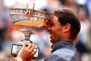 Nadal nói gì sau khi vô địch Roland Garros lần thứ 12 trong sự nghiệp?