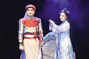 Vua Gia Long thành chồng của công chúa Ngọc Bình như thế nào?