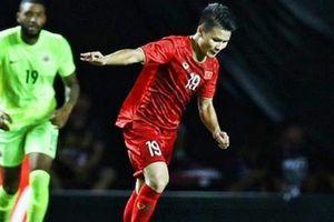Clip: Quang Hải xử lý 'siêu hạng', cầu thủ Curacao 'đứng hình'