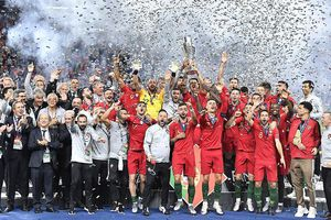 Vinh quang cho Bồ Đào Nha