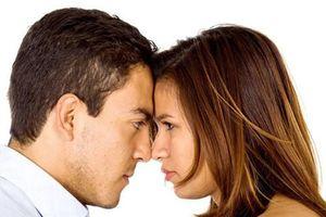 Im lăng quá mức - giọt nước tràn ly cho cuộc hôn nhân tan vỡ