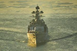 Tàu ngầm Nga phóng ngư lôi vào nhóm tàu 'địch' trên biển Nhật Bản