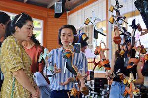 Sự tác động của kỷ nguyên 4.0 tới các làng nghề Việt Nam