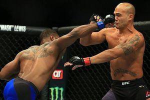 Clip: Những pha knock-out ấn tượng nhất tại MMA trong tháng 5