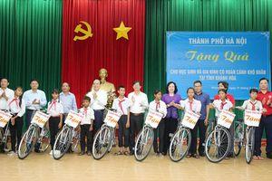 Đoàn công tác TP Hà Nội bắt đầu chuyến thăm và làm việc tại Khánh Hòa