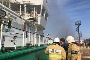Nga: Nổ tàu chở dầu, 5 người thương vong và mất tích