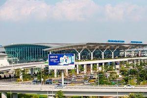 Một nhân viên sân bay trộm cắp đồng hồ của khách