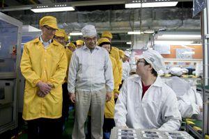 Cam kết gắn bó với iPhone, Foxconn sẵn sàng rời Trung Quốc