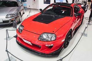 Dàn Toyota Supra huyền thoại tụ họp trong 'Ngày hội trở lại'