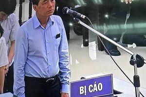 Cựu thứ trưởng Trần Việt Tân: 'Không bao giờ tôi nghĩ mình phải đứng đây'