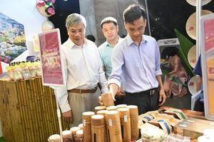 Phát triển hàng Việt Nam tại thị trường nội địa