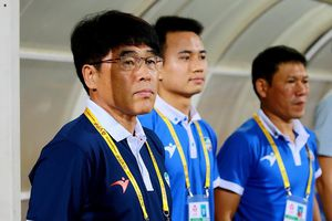 HLV người Hàn Quốc đầu tiên mất chức ở V-League 2019