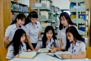 Học sinh, sinh viên rơi vào khó khăn tâm lý - Tìm ai chia sẻ?
