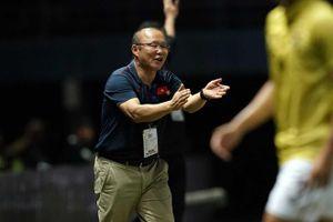 Tiết lộ lý do thầy Park chỉ gọi 27 cầu thủ dự vòng loại World Cup 2022