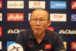 Bóng đá Việt Nam có thể đối mặt nguy cơ mất tướng giỏi, VFF không thể cứ chần chừ