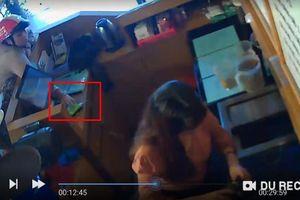 Cư dân mạng quan tâm: Clip 'nữ quái' trộm 2 điện thoại nhanh như chớp