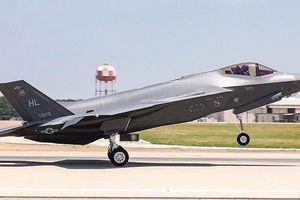 Căng thẳng gia tăng, Mỹ dừng huấn luyện phi công Thổ Nhĩ Kỳ