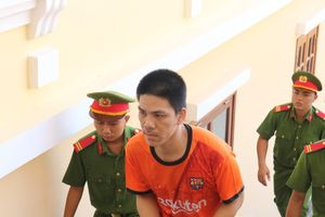 Bán ma túy 2 tháng, nhận lại 8 năm tù