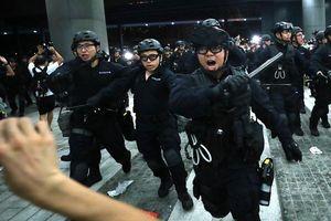 Hơn 5.000 cảnh sát Hong Kong đối phó với làn sóng biểu tình
