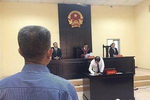 Công ty Phan Thị xin hoãn xử vụ tranh chấp tác quyền truyện Thần đồng Đất Việt