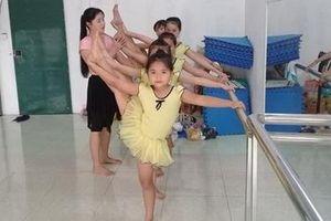 Cô giáo 8x đam mê với câu lạc bộ múa